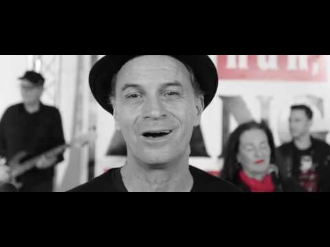 "AG Arsch Huh - ""Su läuf dat he"" (Musik-Video)"